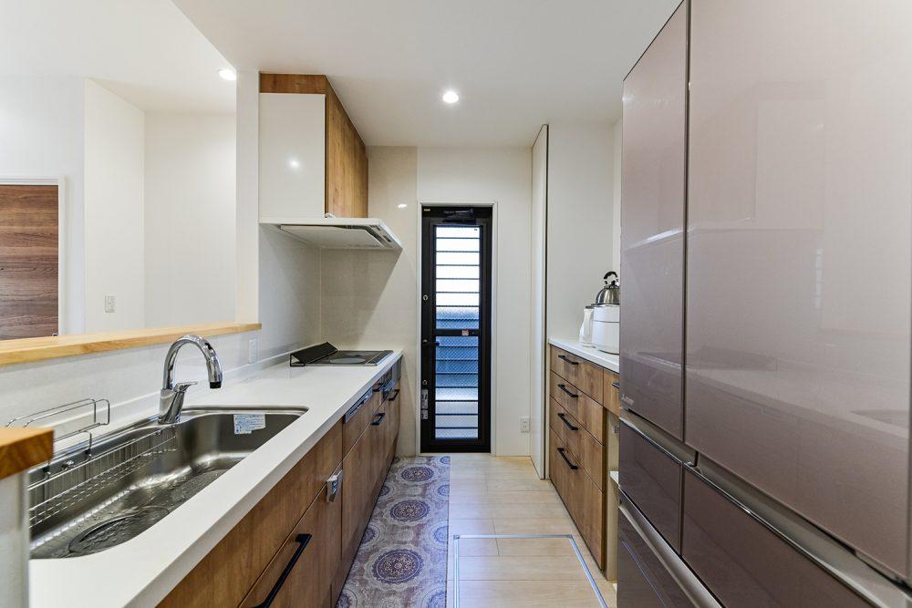玄関が二つある完全二世帯住宅イメージ8